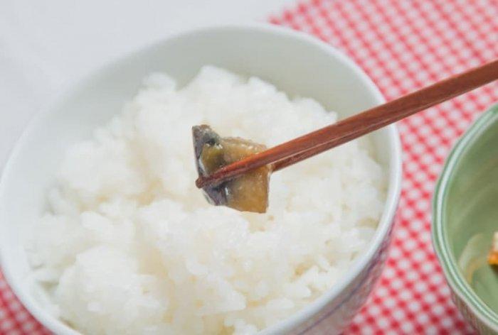 ウェルネスダイニング 豚肉と玉ねぎの味噌炒め16