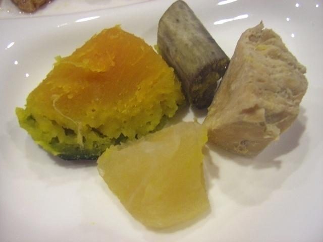 ウェルネスダイニング 豚肉と細切り野菜の炒め物14