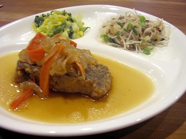 おまかせ健康三彩 カレイの南蛮煮17