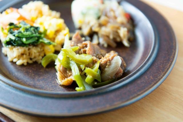 ニチレイフーズ 焼肉と五穀のビビンバ13