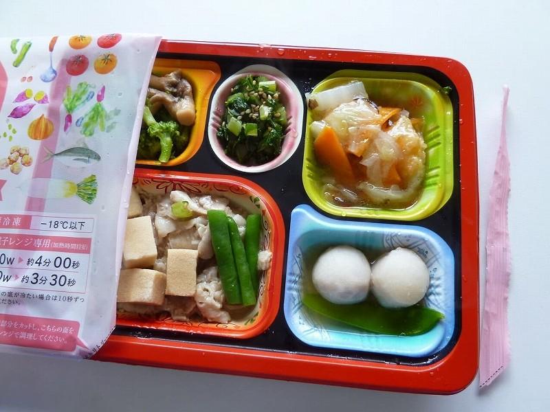 食宅便 豚肉と高野豆腐の煮物8