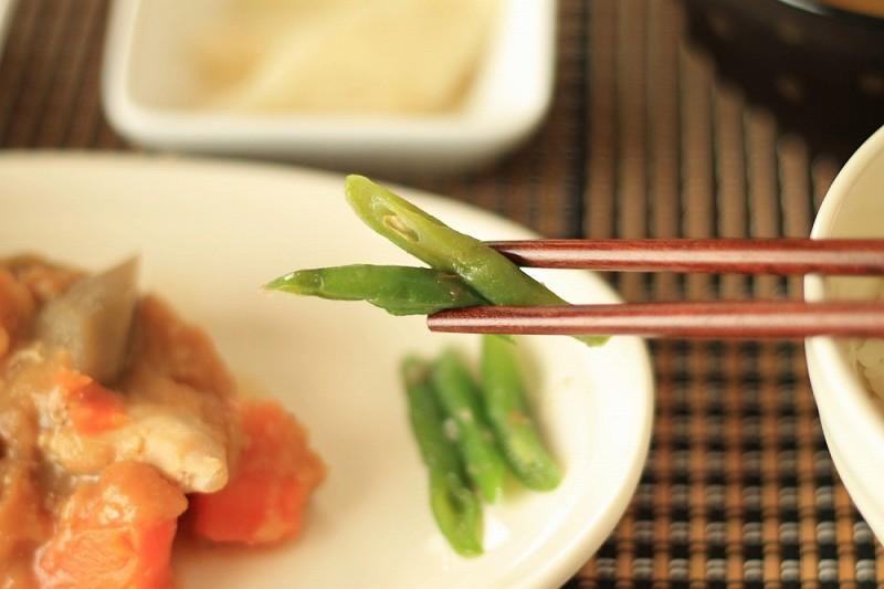 食宅便 鶏肉の胡麻味噌煮15