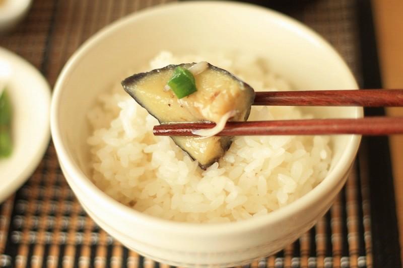 食宅便 鶏肉の胡麻味噌煮17