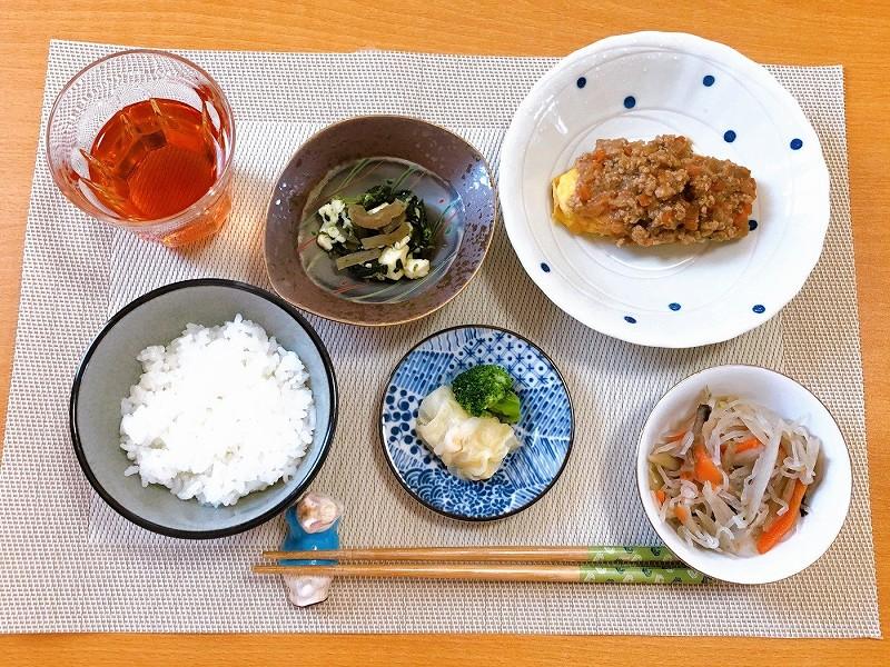 ウェルネスダイニング 肉味噌オムレツ6